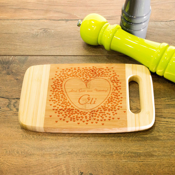 Personalisiertes Schneidebrett aus Holz mit Griff zum Vatertag