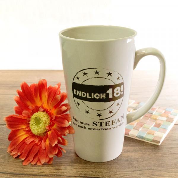 Große Tasse Latte mit Wunschmotiv zum 18.