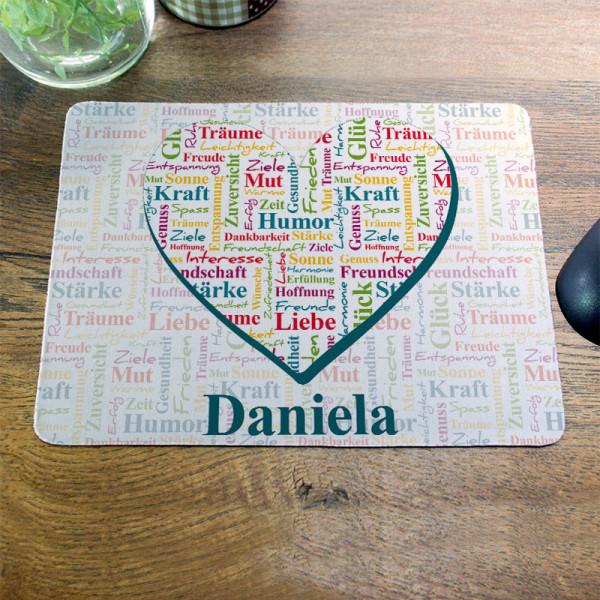 Mousepad mit guten Wünschen verpackt in einem Herz zum Geburtstag