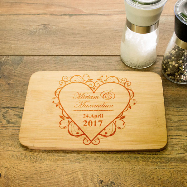 Frühstücksbrettchen mit Gravur Anlass/Liebe