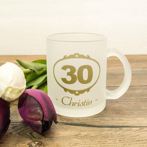 Personalisierte Glastasse satiniert zum 30.