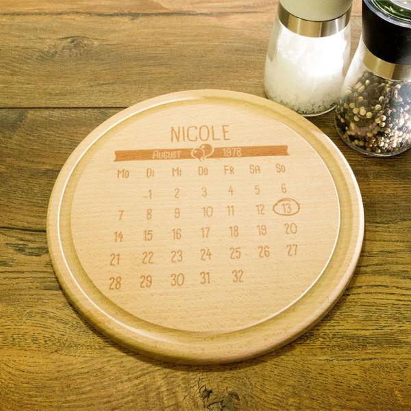 Rundes personalisiertes Frühstücksbrett aus Holz zum Geburtstag