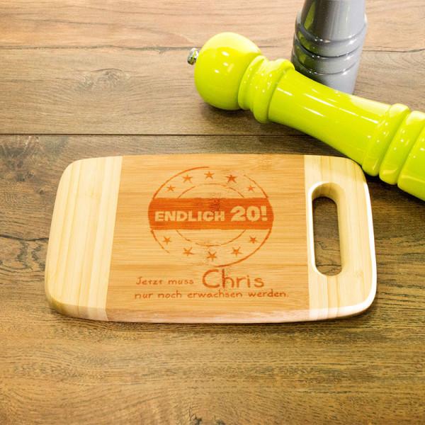 Personalisiertes aus Holz mit Griff zum 20.