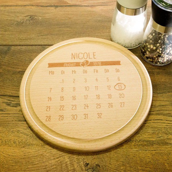 Rundes Frühstücksbrett aus Holz mit Gravur für Frauen